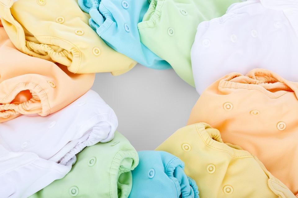 грижа за бебешките дрехи