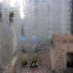 конденз по стъклата