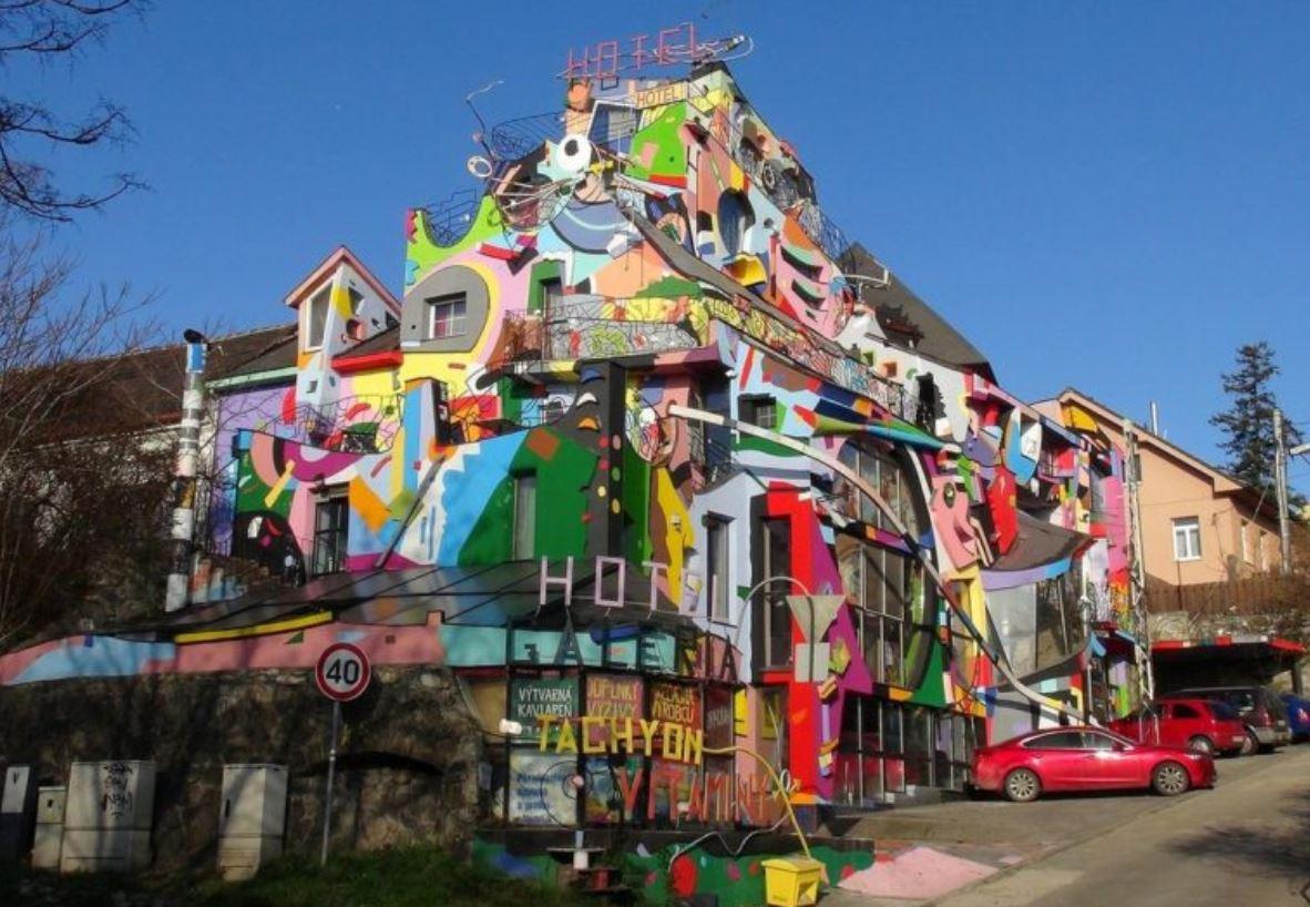 хотел Братислава